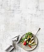 Teller mit vegetarischen Vorspeisen