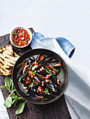 Garlic mussels with tomato Vinaigrette