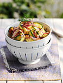 Salad with zucchini and red onions