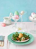 Frittiertes Ei mit Brunnenkresse zu Ostern