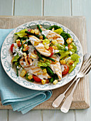 Caesar Salad with chicken, beans and potatoe croutons