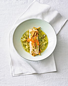 Salmon confit with fennel and white wine sauce