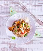 Reis mit Pfifferlingen, Erbsen und Parmesan