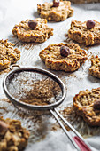 Oat cookies with apple and hazelnuts