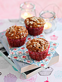 Oaty muffins with honey and raisins