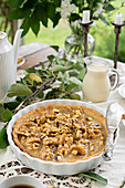 Pear pie with nuts