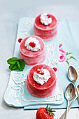 Strawberry ice cream bombs with cream