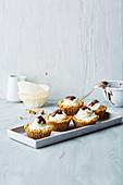 Gurken-Schokoladen-Muffins (Low Carb)