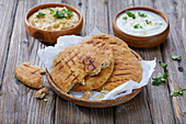 Naan bread with two different dips (India)