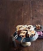 Mississippi Mud Cake vom Blech mit gegrillter Marshmallowhaube