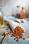 Geröstete gewürzte Kichererbsen mit Räucherpaprika, Cumin und Sumach