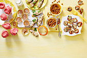 Diverse gesunde Snacks von oben, Teil 1
