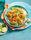 Vietnamesisches Rindfleischcurry auf Nudeln