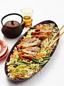 Schweineschnitzel mit Nudel-Gemüse-Salat