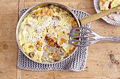 Sweet potato frittata with goat's cheese and ham