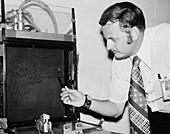 Spider experiment for Skylab, 1973