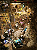 Excavations at Cueva Mayor site, Spain