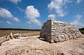 Naveta d'Es Tudons chamber tomb, Menorca