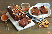 Chickpeas brownie (no flour) with pears and walnuts