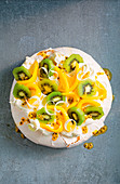 Green and gold pavlova