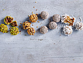 Low-Carb Bliss Balls