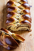 A sliced nut plait