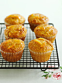 Mini muffins with candied orange peel