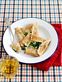Breton pancakes with spinach