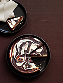 Marble cheesecake with chocolate