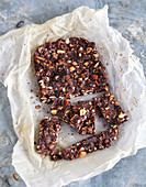 Energy bars with dates and chocolate (low carb)