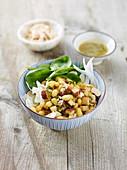 Zolfino-Bohnensalat mit geräuchertem Tofu, Fenchel und Spinat
