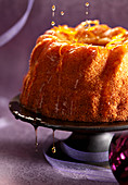 A semolina Bundt cake with orange syrup
