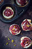 Puff pastry with raspberry and lemon spread (vegan)