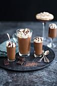 Schokoladencreme mit Baileys