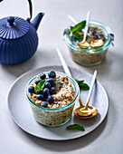 Bircher muesli with apple, cinnamon and blueberries
