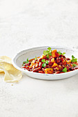 Red kidney bean, chilli and ginger curry
