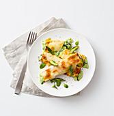 Cannelloni mit Kräutern, grünem Spargel und Erbsen