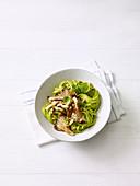 Blitz-Pasta mit Austernpilzen und Avocadosauce
