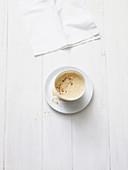 Bulletproof-Coffee mit Zimt und Kardamon