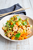 Stir-fried vegetables with prawns