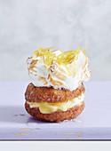 Zitronen-Meringe-Donut
