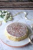 Esterhazy-Torte mit Mandelblättchen