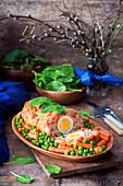 Hackbraten mit hartgekochtem Ei und Gemüsebeilage