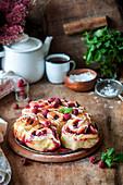 Raspberry buns