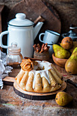 Yeast cake with pear and cinnamon