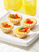 Mini tarts with smoked salmon