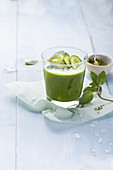 Emerald Palmer with cucumber, mint and matcha (alcohol-free)