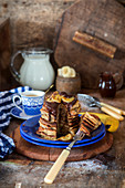 Bananenpancakes mit Schokoladensauce