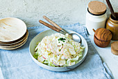 Steamed pointed cabbage and apple salad