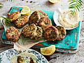 Crab herb cakes with mayonnaise